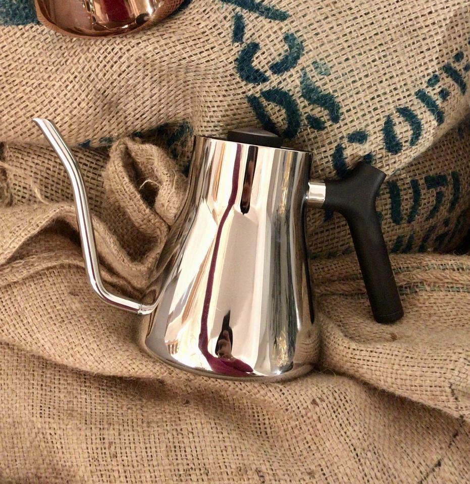 【当店使用】FELLOW(フェロー) Stagg Pour-Over Kettle(スタッグ ポア オーバーケトル)ポリッシュスチール + コーヒー豆150g付き