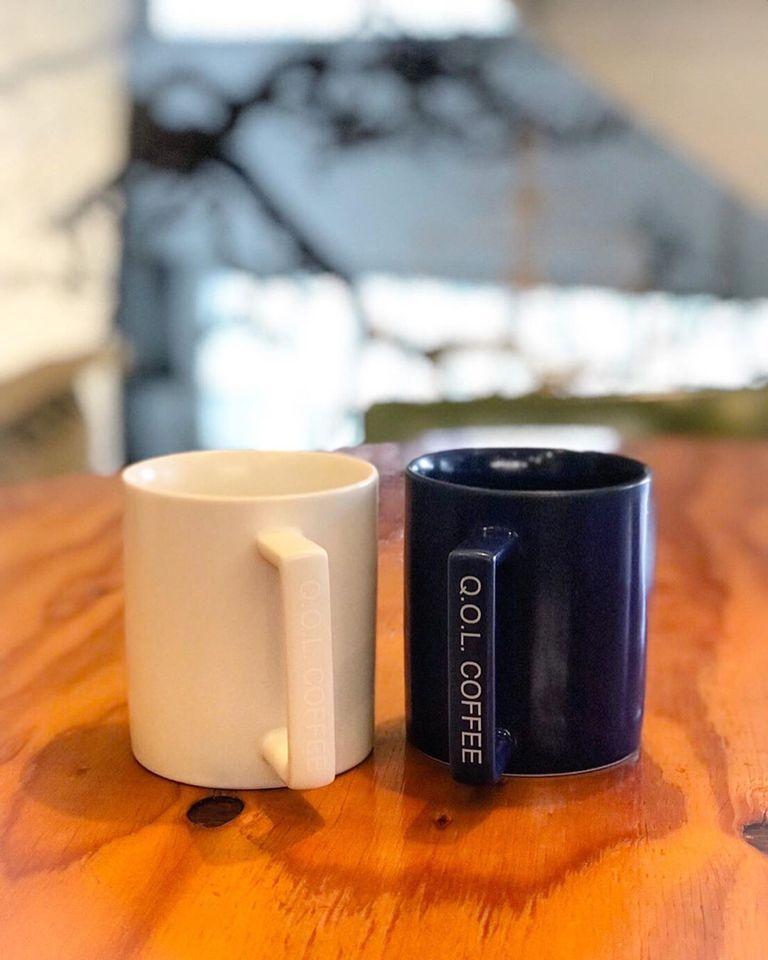 Q.O.L.コーヒーオリジナルのマグカップ